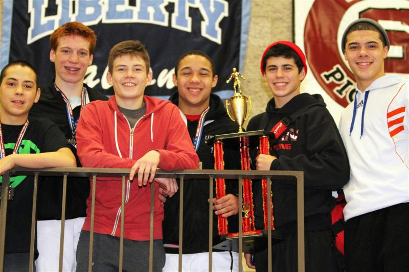 Carlos, Beans, Gromes, Jon, Miah and Junior Take home titles at Sandy